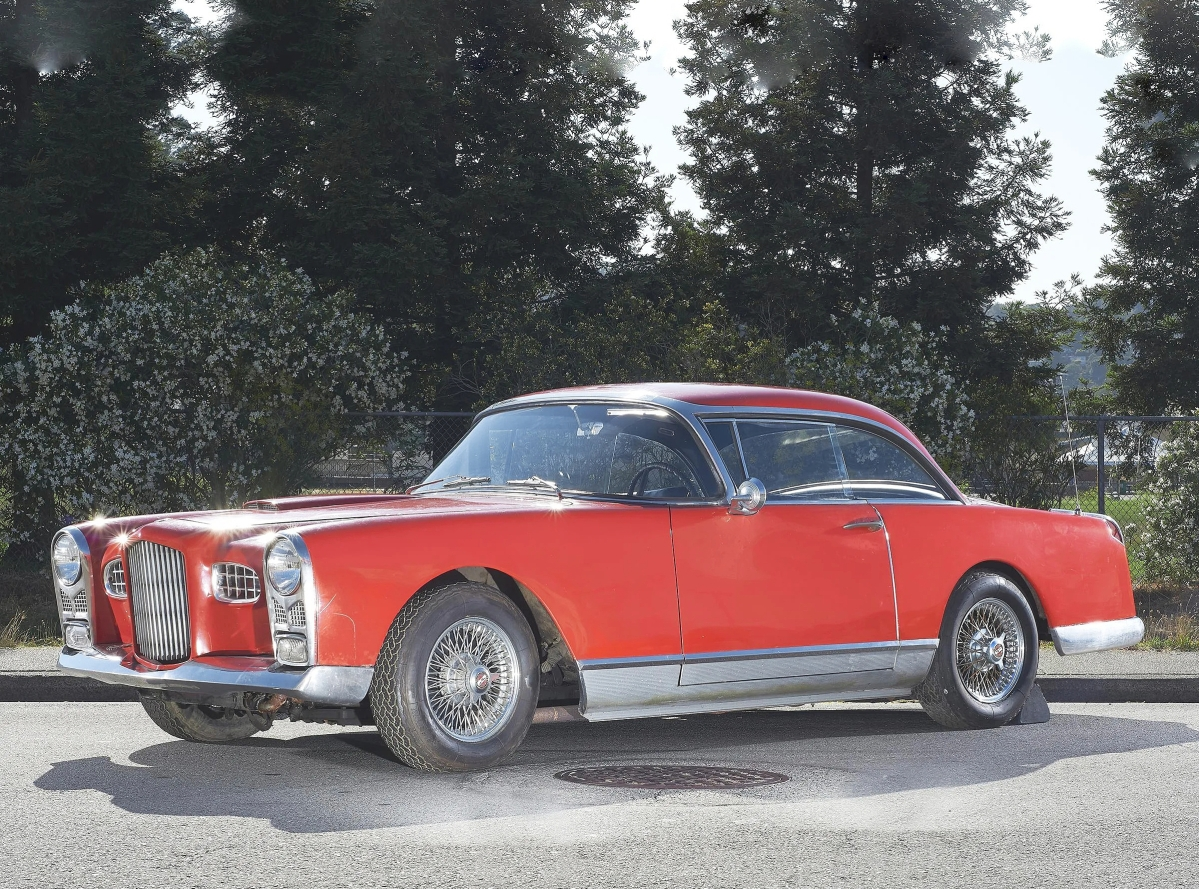 The sale's top lot at $105,600 was a 1956 Facel Vega in the FV2-B model. It had been garaged in San Jose for more than 20 years with its second owner. Its fresh appearance on the market sparked interest among car collectors and it was sold to a buying agent.