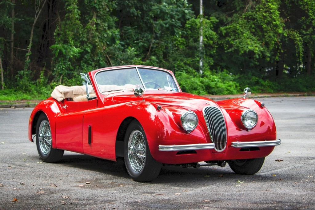 A fashion statement as well as a great driving car, this 1954 Jaguar XK120 took off to $118,800.